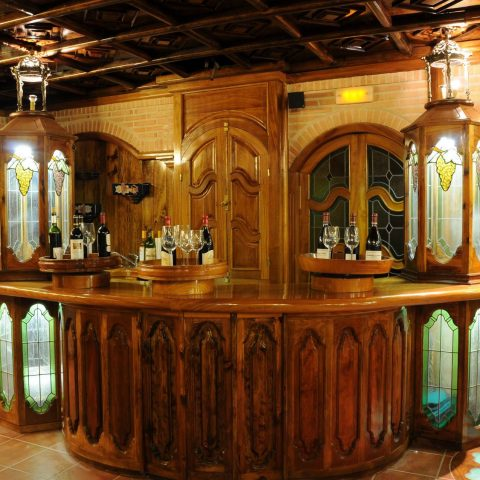 barra bodega vinos restaurante la estación de los porches